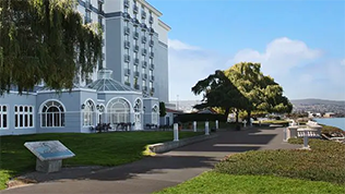Embassy Suites by Hilton San Francisco Airport Waterfront Image