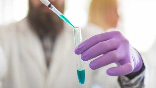 10 Steps to Pipetting like a Pro!