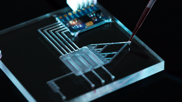 6 Microfluidic Researchers You Should Follow