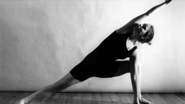 Benefits & risks of yoga for bipolar disorder