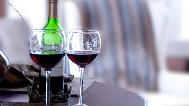 Can cheap wine taste great? Brain imaging and marketing placebo effects