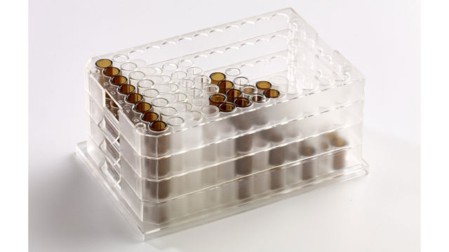 Versatile 96-well Multi-Tier Microplate System for High Throughput Chromatography