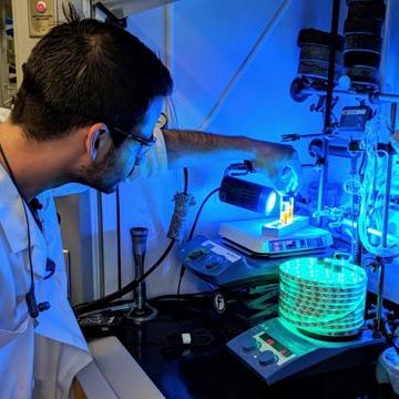 Novel Way to Generate Molecules for Drug Development