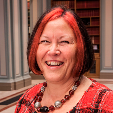University of Huddersfield Honorary Award Goes to RSC's First Woman President